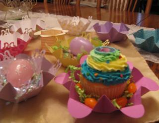 Bunny basket for cupcake